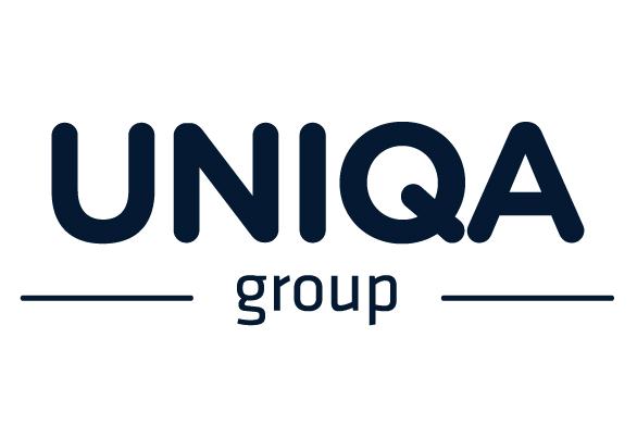 Spegel med vitpigmenterad kant